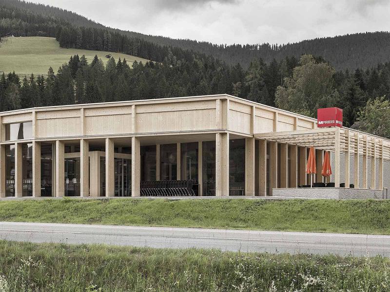 3. Preis – Öffentlicher Bau/Gewerbe: MPreis St. Martin im Tennengebirge