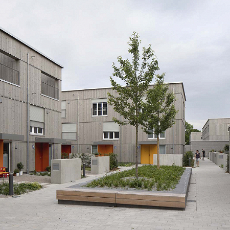 42 Reihenhäuser in München Harthof